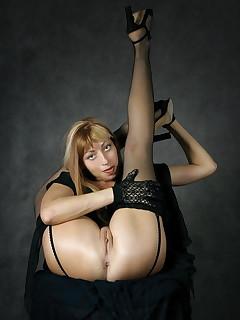 Flexible babes nude Bendy Girls,