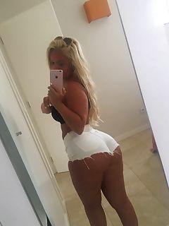 Chicks in tight shorts xxx